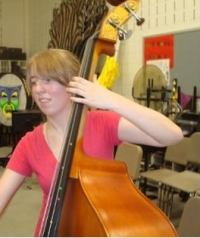 Sophomore Hannah Argobright plays the bass at an SMYO rehearsal.